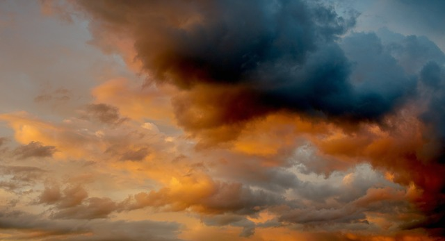 zamračená obloha