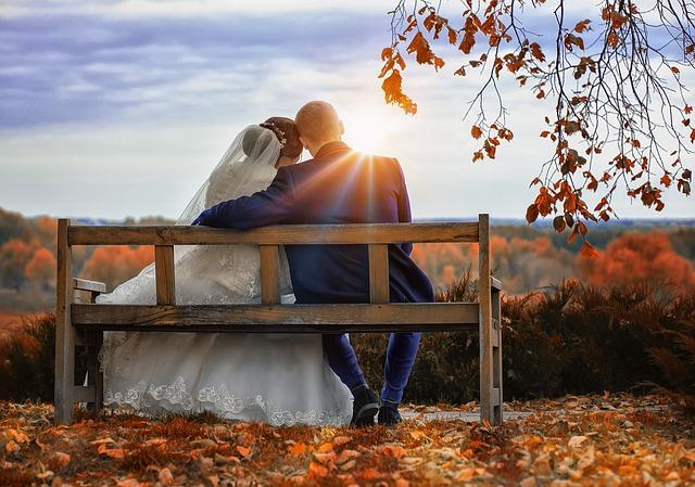 novomanželé na podzim.jpg