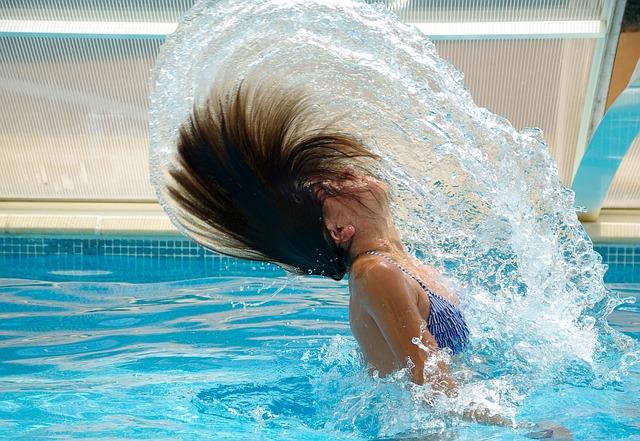 cákání vlasy